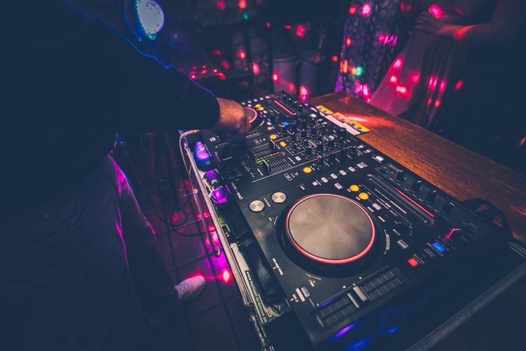 Hochzeits DJ Deluxe